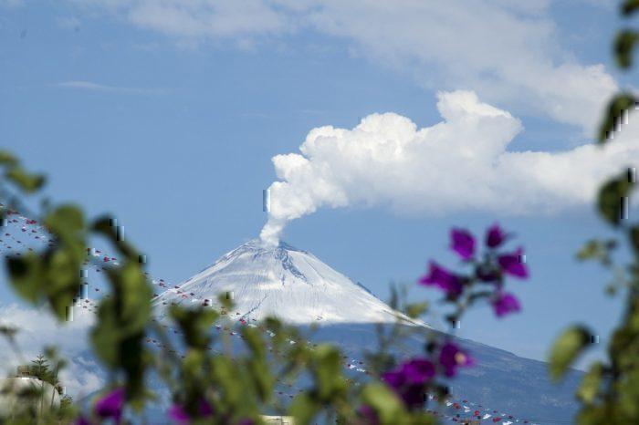 KLM, Mexico City, Volcano