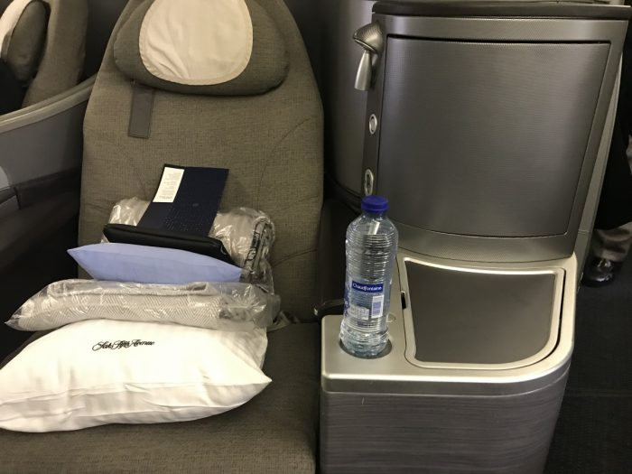 Polaris 777 seating