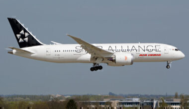 1024px-Air_India_Boeing_787-8_on_final_into_LHR