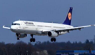 1200px-Lufthansa_Airbus_A321-200_(D-AISX)_at_Frankfurt_Airport_(2)