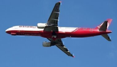 1280px-TC-ATB_AtlasGlobal_Airbus_A321-211,_takeoff_from_Schiphol_(EHAM-AMS)_runway_36L_pic2