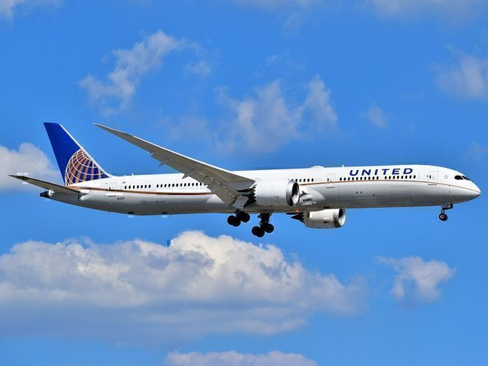 A United Airlines Boeing 787-10 Dreamliner is on final approach to Newark Liberty International Airport.