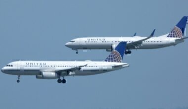 United 737 and A320