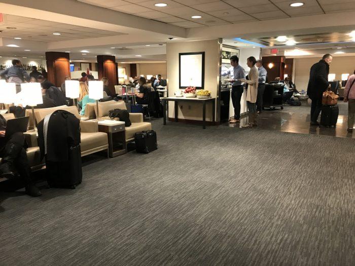 United Club Dulles Lounge Area