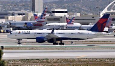Delta and American Planes