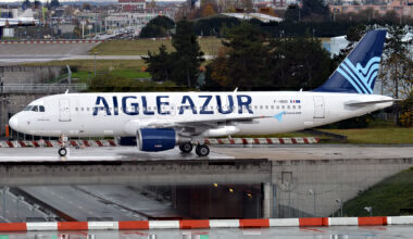 Aigle Azur, F-HBIO, Airbus A320-214