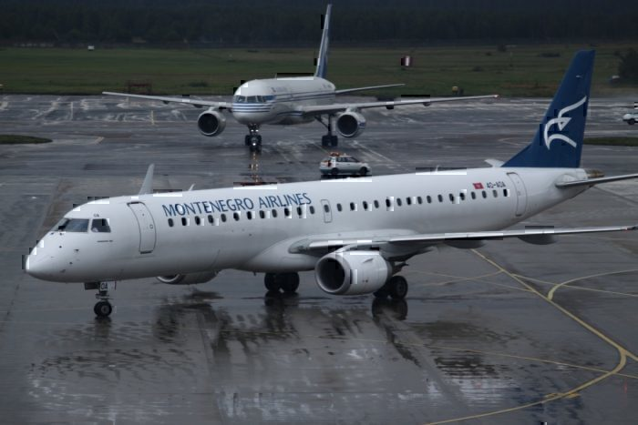 A Montenegro Airlines Embraer 195