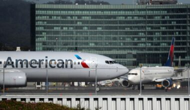American and Delta Aircraft