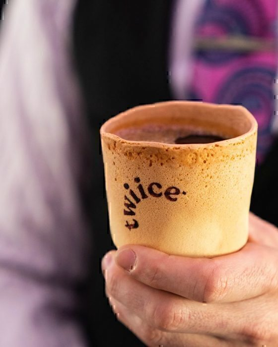 New Zealand airline trials edible coffee cups