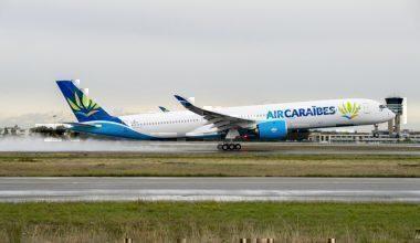 A350-1000-Air-Caraibes-MSN065-FF-1