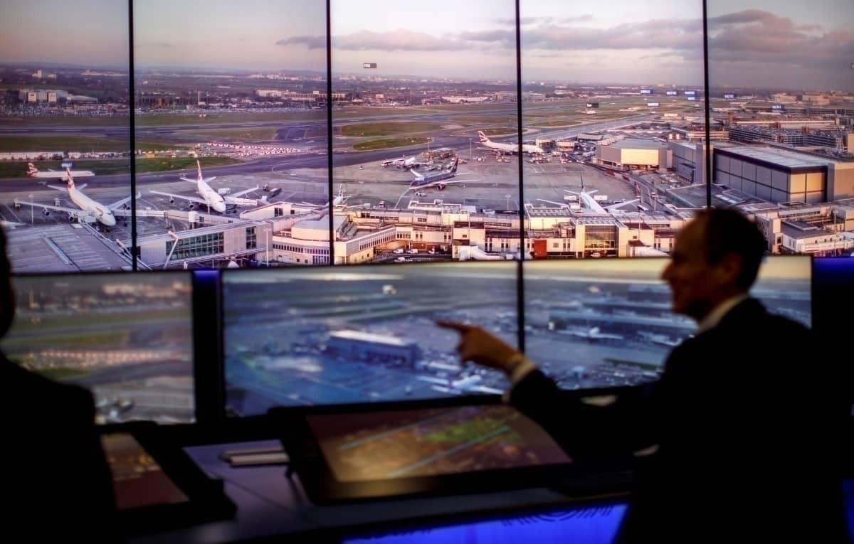 How Air Traffic Control Co-Ordinates Arrivals
