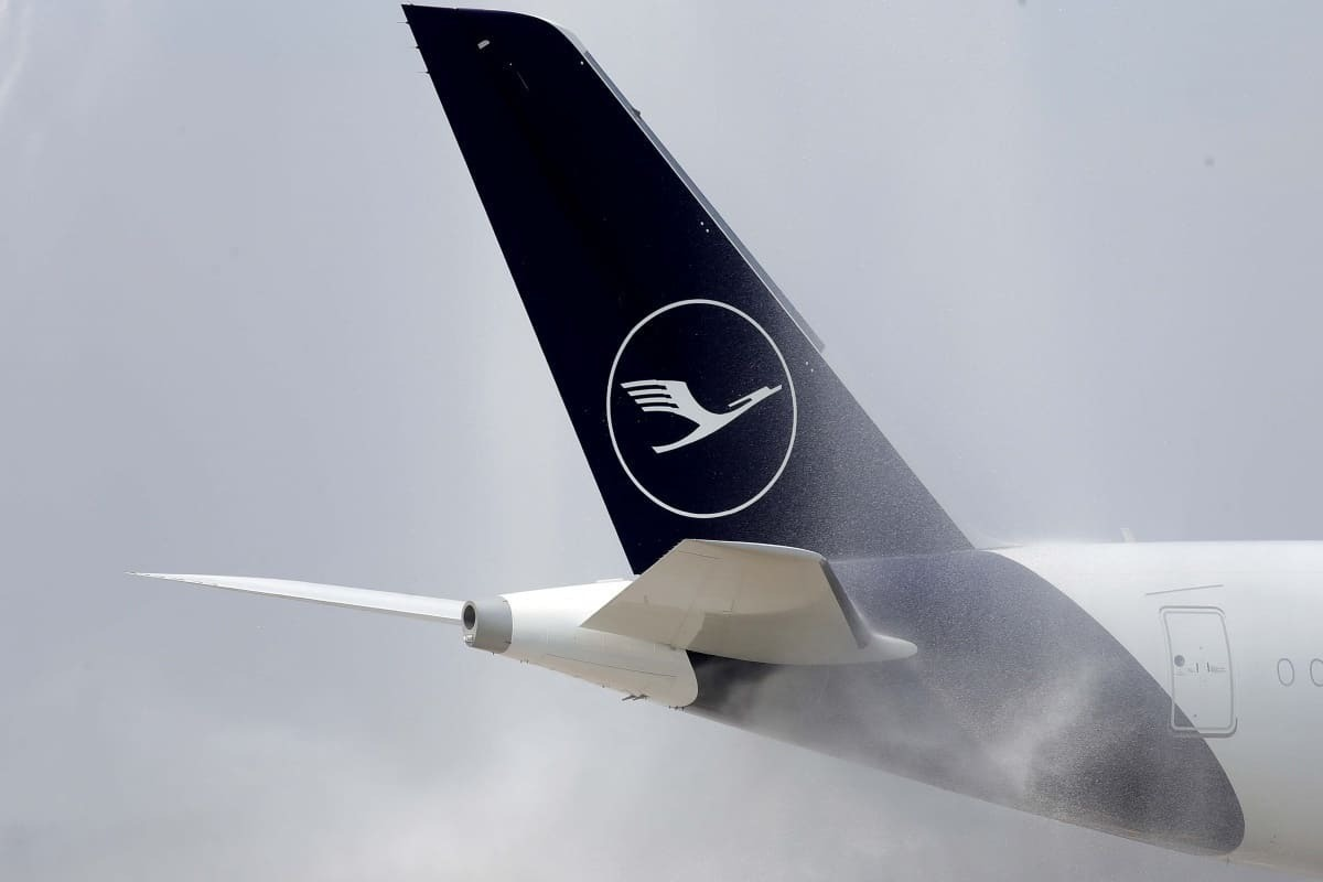 What Happened To Lufthansa's Domestic Walk On Flights?