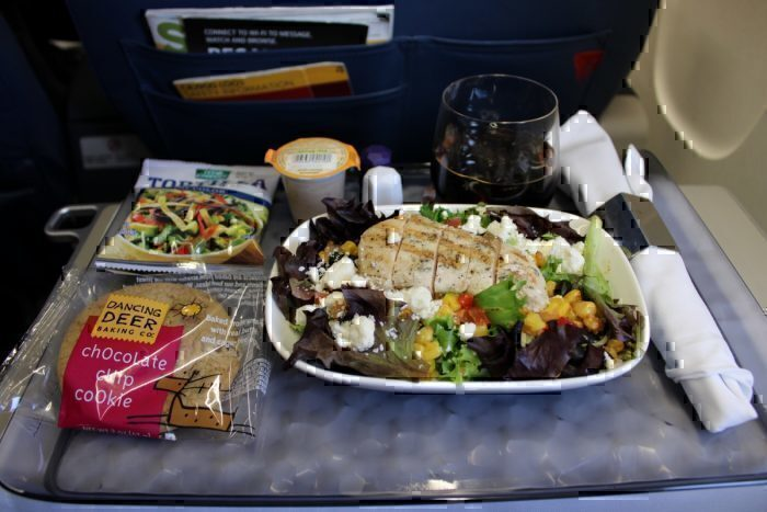 Meal Service CRJ900