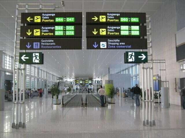 malaga-airport-terminal