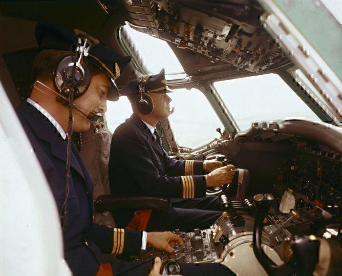 SAS DC8 flght deck