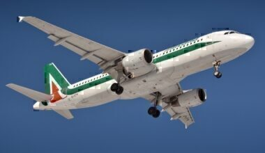 the-plane-3352694_1920