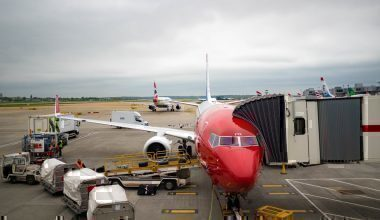 Norwegian aircraft loading