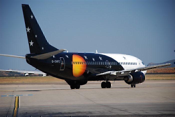 Titan Airways Boeing 737-300