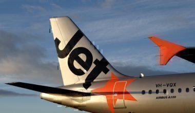 it-issues-ground-jetstar-flights