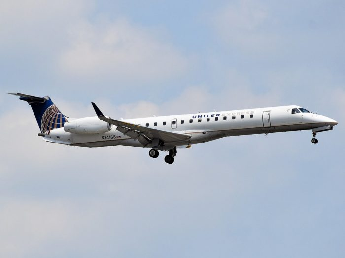 CommutAir / United Express E145