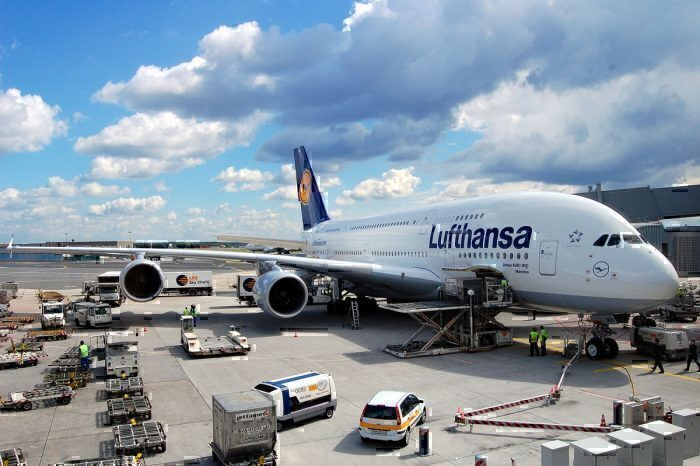 Lufthansa A380 on ground