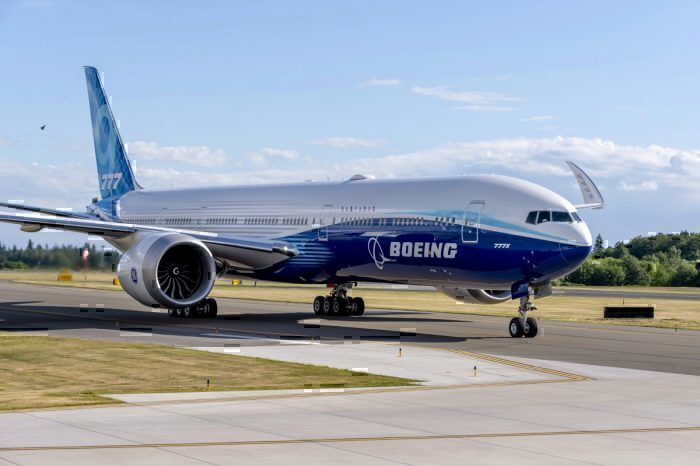 Boeing, 777X, First Flight, Folding Wingtips