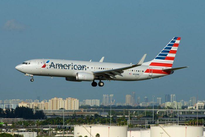American 787-800