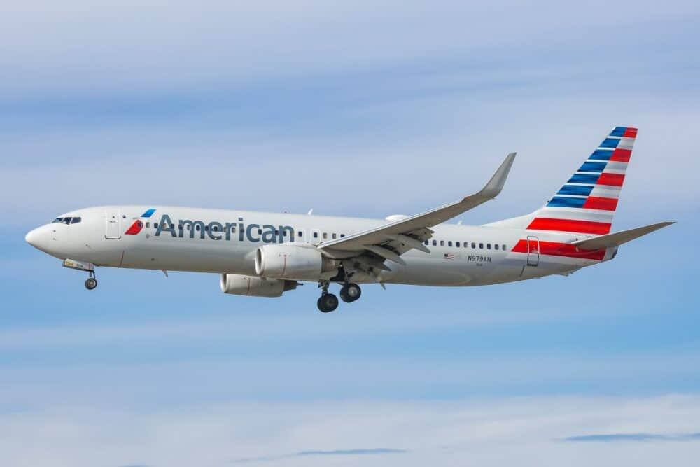 American Airlines 737-800 aircraft