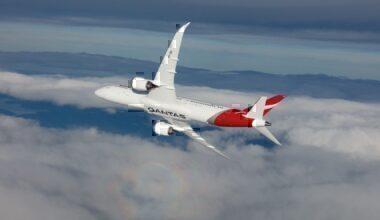 Qantas Dreamliner in flight