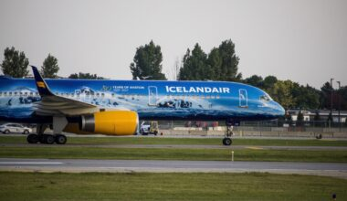 Icelandair Boeing 757 80 Years Livery