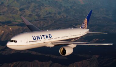 United Airlines 777