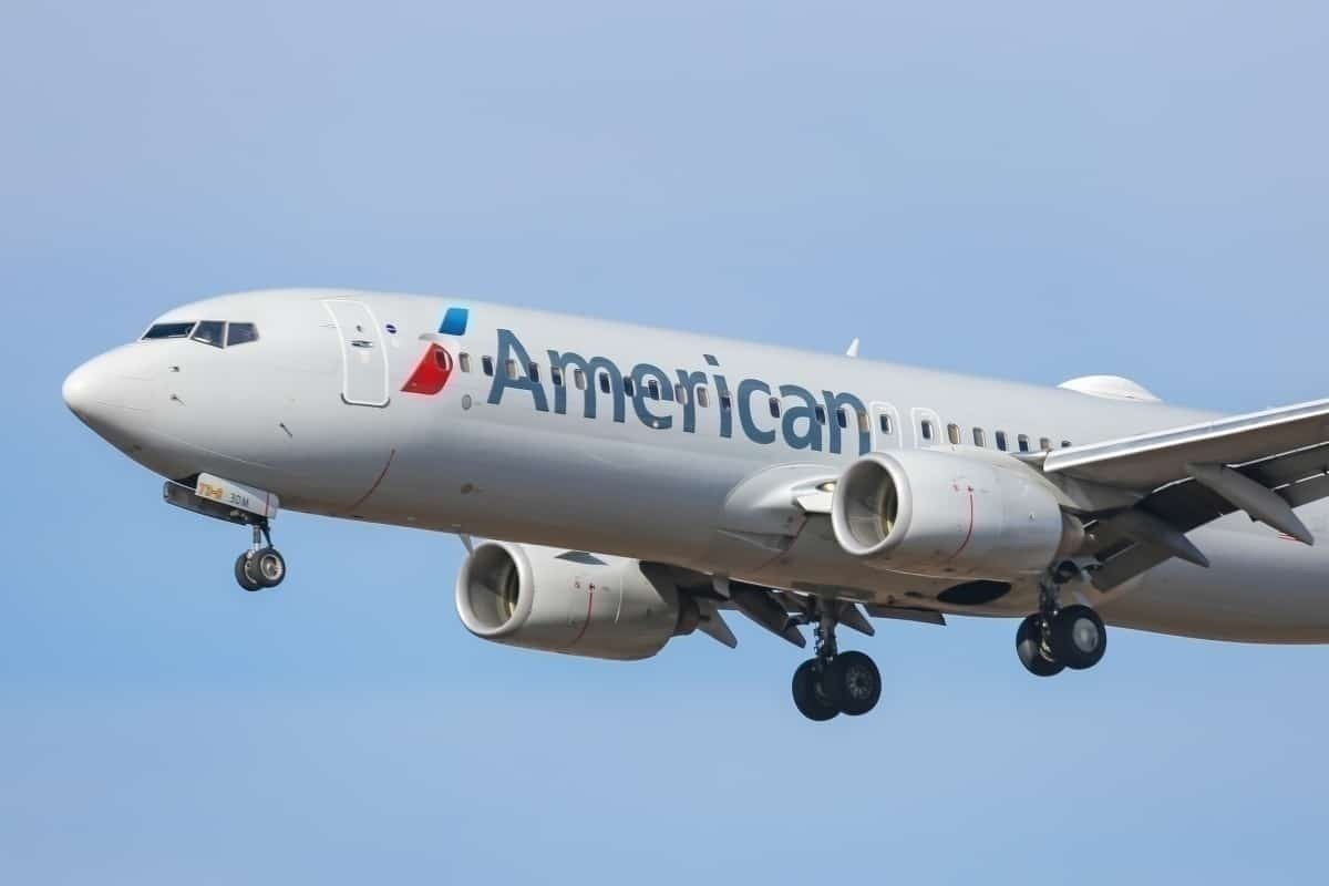 American Airlines Will Start Alerting Passengers Booked On Busy Flights