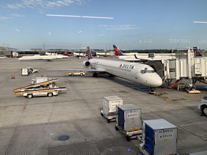Delta MD80 90