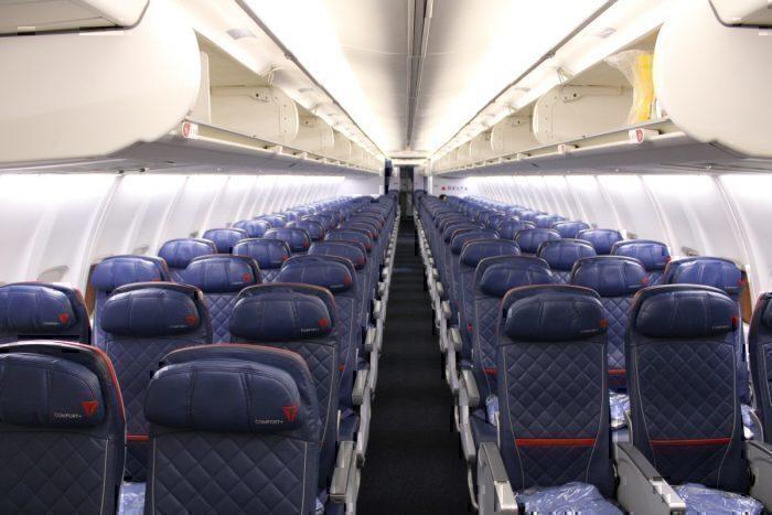 Delta 757 interior