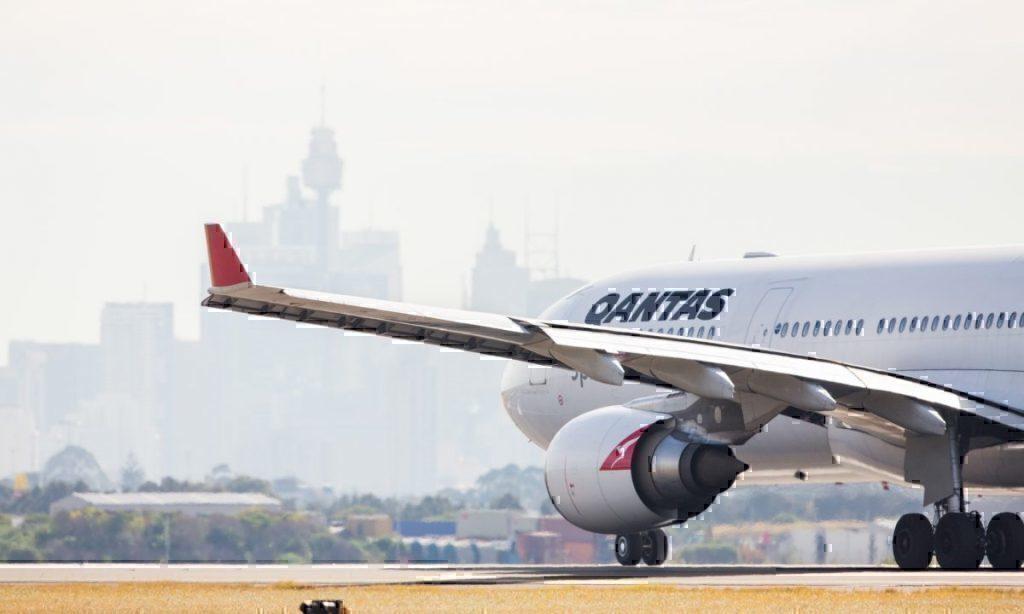 qantas-near-miss-sydney