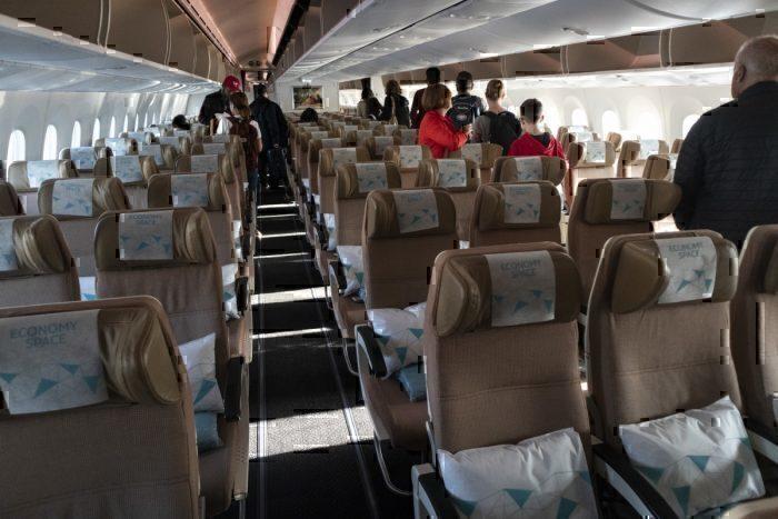 Flight Review: Etihad 787-9 Economy – Mostly Worth It
