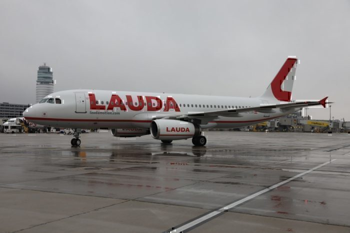 Lauda, Ryanair, Airbus A320, Order