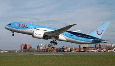 TUI fly Boeing 787-8 Drteamliner