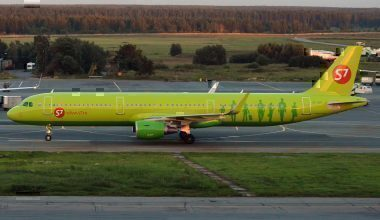 S7_Airlines,_VP-BPC,_Airbus_A321-211_(37040236826)