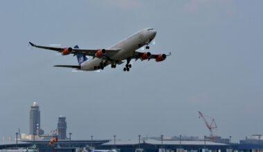 SAS, A340-300