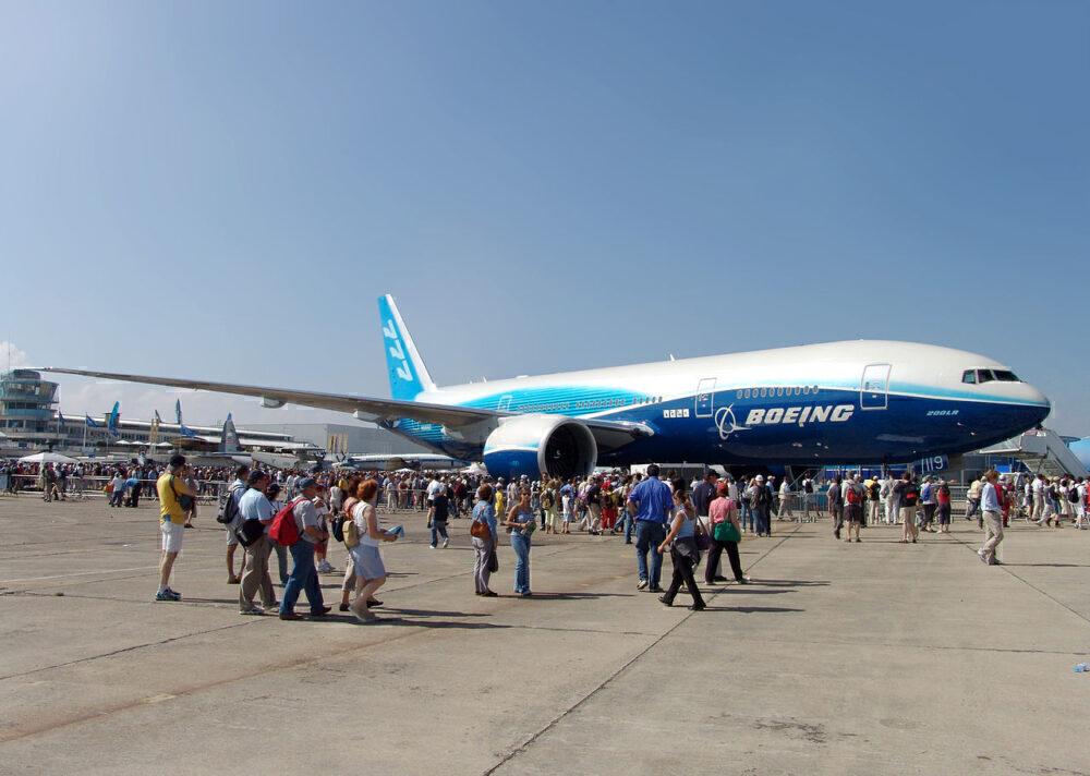 Boeing 777-200LR Paris Air Show 2005