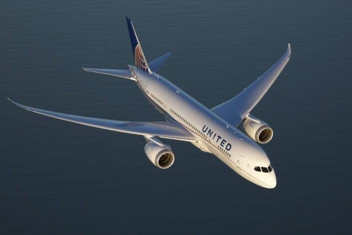 United Airlines 787 Plane