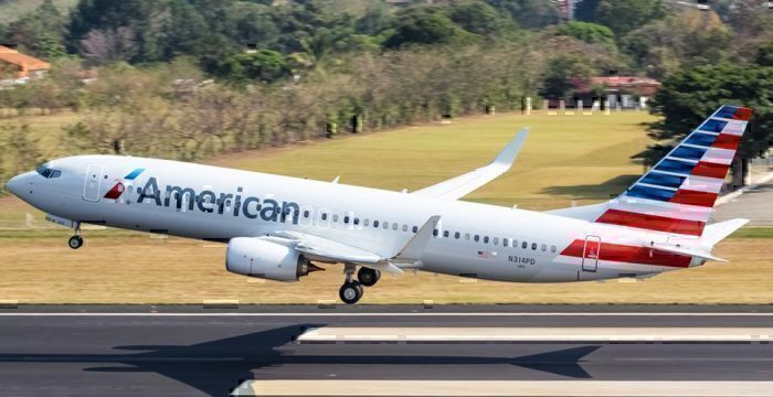 American-airlines-jamaican-crew