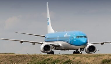 737-800, KLM