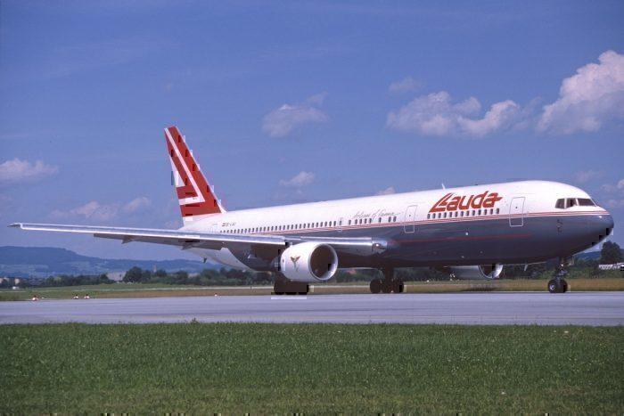 Lauda Air Boeing 767-300; OE-LAU@SZG, August 1990/ DSM