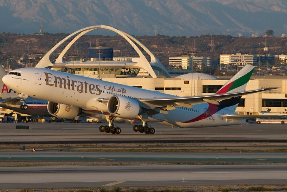 Emirates Boeing 777-200LR
