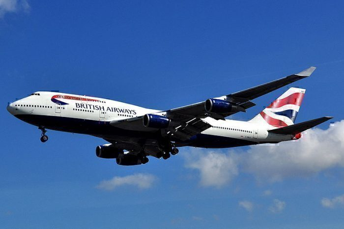 800px-Boeing_747-436_-_British_Airways_(G-BNLF)