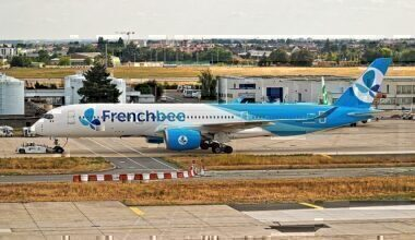 800px-F-HREU_-_Airbus_A350-941_-_French_Bee_(44204798551)