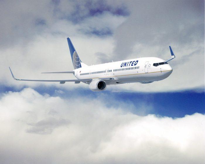 United Boeing 737-900(ER)
