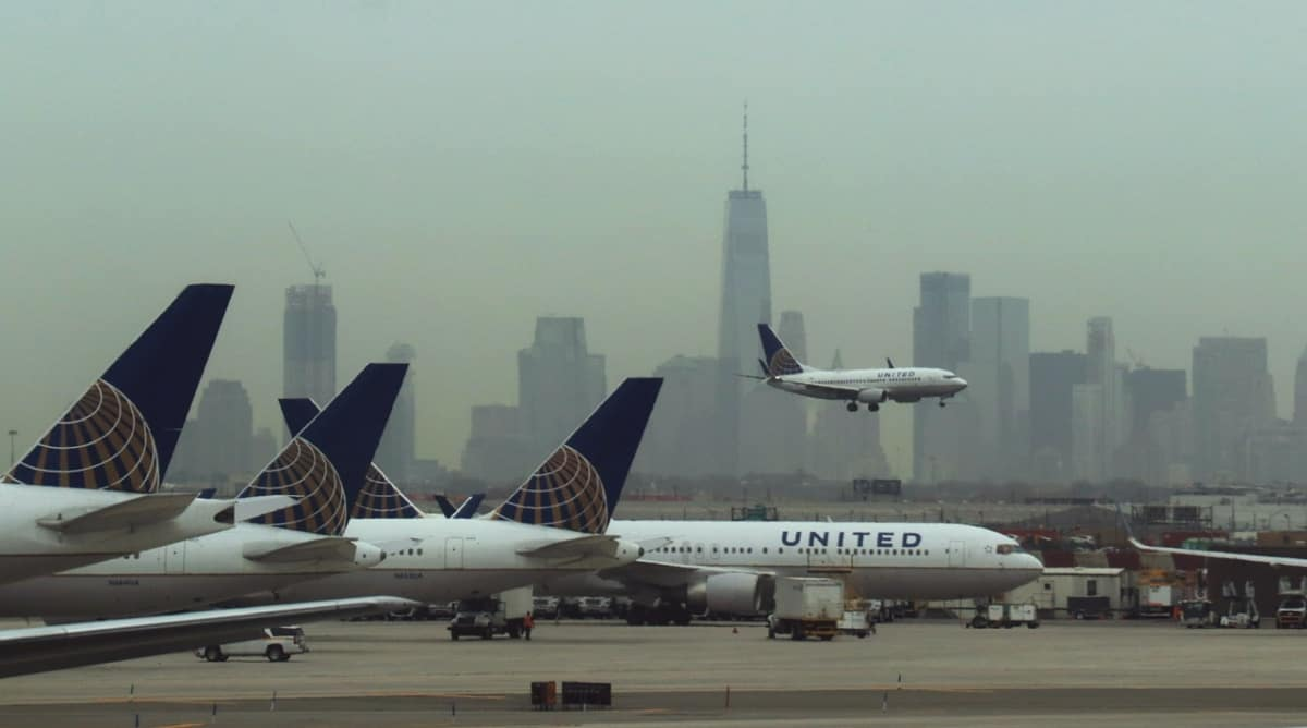 United Airlines, one flying others parked